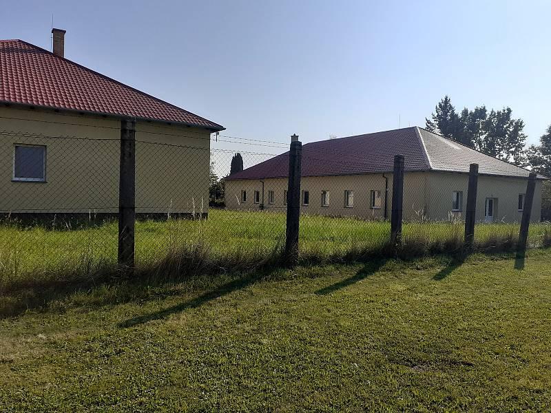 Bývalá vojenská kasárna.