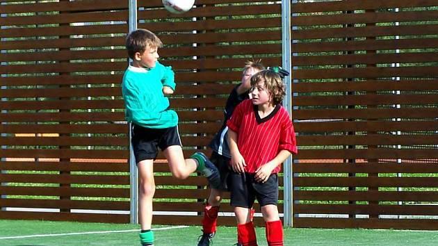 Fotbalový oddíl z Bolatic uspořádal na Slovensku fotbalový kemp pro děti do dvanácti let . Některým malým hráčům se na jeho konci nechtělo ani domů.