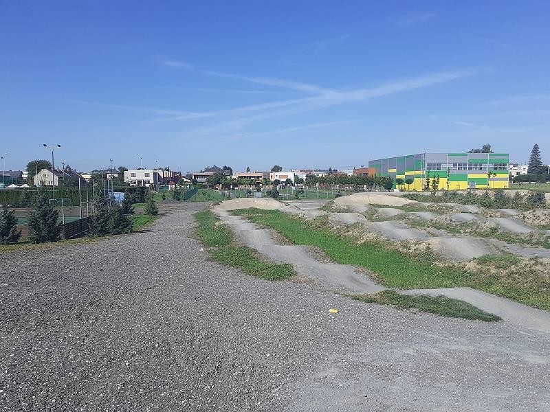 Sportovní areál v Malých Hošticích.