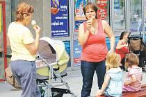 Lidé by si měli dávat pozor, kde si zmrzlinu kupují a zda prodejci dodržují hygienické předpisy.