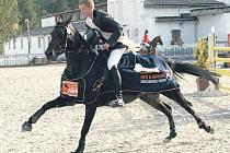 Mistrovský titul získal Jan Zwinger se Sisi 5 ze Stáje Mustang Lučina.