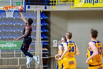 BK Opava - ERA Basketball Nymburk 67:101.