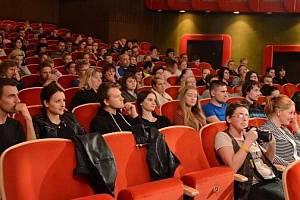 Diváci si mohou zajít na německou komedii.
