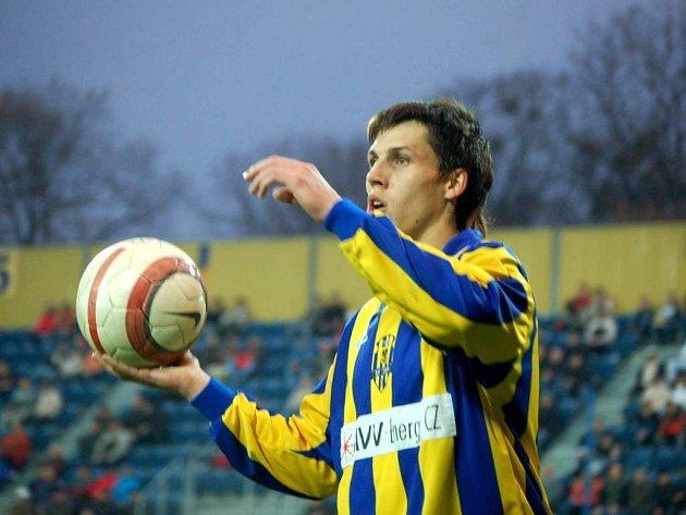 Jan Jelínek posílil Opavu před startem jarní části. Svými výkony si řekl o místo v základní sestavě, avšak zranění kolena jej vyřadilo ze hry.