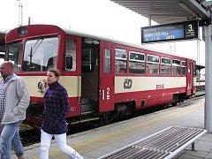 Zruší nám ministerští úředníci v Praze tento vlak jedoucí z Opavy - východ do Jakartovic?