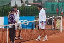 Ve středu odstartovalo v tenisovém centru v Opavě neoficiální tenisové mistrovství Evropy družstev, hráčů do 18 let: VALERIO / GALEA CUP 2010.