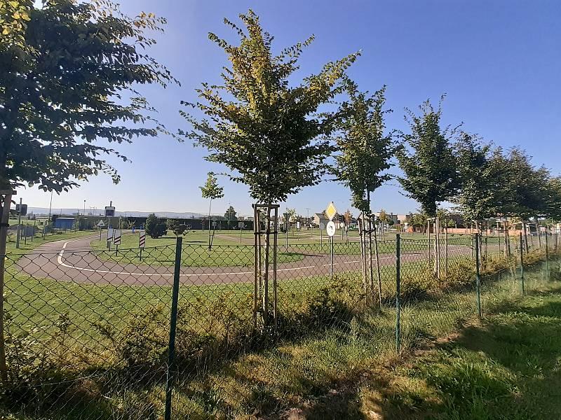 Dopravní hřiště ve sportovním areálu.