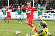 Milan Halaška (v červeném) strávil jarní část v Líšni. Nyní si hledá nové angažmá.