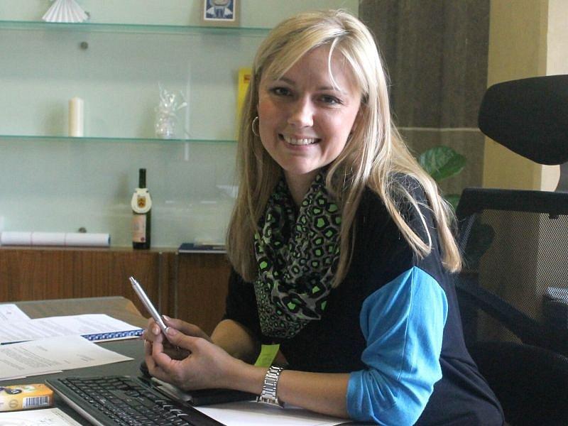 Monika Brzesková, současná starostka města Kravaře na Opavsku.