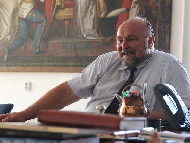 Stále ještě současný primátor Opavy Zdeněk Jirásek se už těší, až zamíří zpět na Slezskou univerzitu.