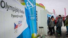 Nasát atmosféru olympiády lze v těchto dnech také v Olympijském parku v ostravské Ostravar Aréně, kam jezdí i řada lidí z Opavska.