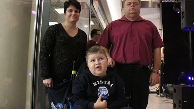 Rodina Bačkovských se synem Kubou.