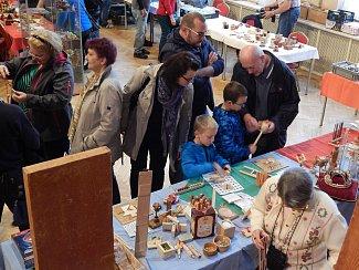 Patnáctý ročník mezinárodního setkání výrobců a sběratelů hlavolamů a jiných kuriozit. Ten se uskutečnil uplynulou neděli v sále kulturního domu ve Větřkovicích.