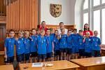 Malí fotbalisté Slezského FC Opava, věkové kategorie U12, u primátora Tomáše Navrátila.