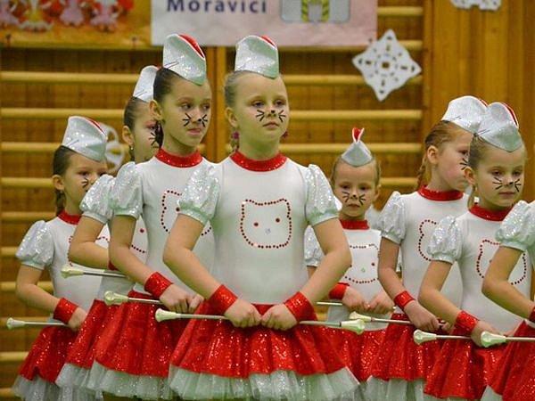 Mažoretky Charlie fungují v Hradci nad Moravicí už pět let.
