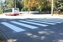 Nový nátěr neminul ani přechod na Olomoucké ulici v Opavě nedaleko odbočky na ulici Vančurovou.