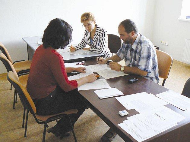 Přípravné práce na komunálních volbách začaly již tento týden.