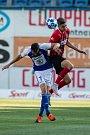 FORTUNA:LIGA Mladá Boleslav – SFC Opava 6:1 (3:1), na snímku Jaroslav Diviš (FK Mladá Boleslav) a Matěj Helebrand (SFC Opava).