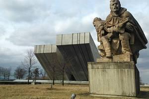 Národní památník II. světové války v Hrabyni. Ilustrační foto.