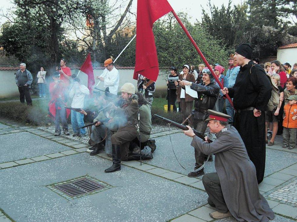 Druhý útok na zimní minoritský palác byl konečně úspěšný.
