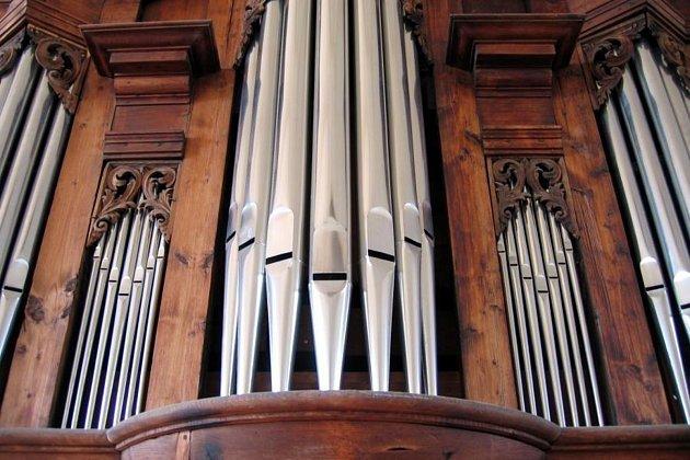 Kostel vKružberku patří mezi nejstarší dochované ve Slezsku.