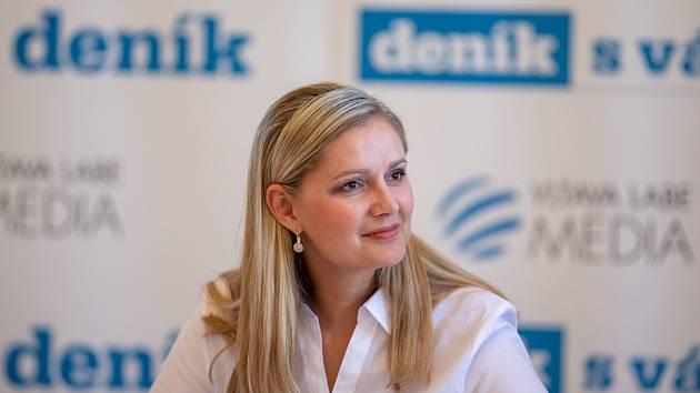 Monika Brzesková, sympatická starostka Kravař.