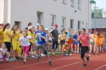 Atletické mistrovství škol Hlučínska nakonec opanovala Základní škola dr. Miroslava Tyrše, která celou akci pořádala.