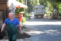 V součastnosti se ve Vávrovicích pracuje například na chodnících v ulici K Celnici. Podle některých místních je to přitom jedna z mála věcí, která zde scházela.