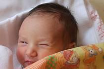 """Jakub Osička se narodil 20. června, vážil 3,44 kg a měřil 51 cm. """"Hlavně ať je zdravý a šťastný,"""" přáli svému prvnímu synovi do života rodiče Dagmar a Stanislav z Chuchelné."""