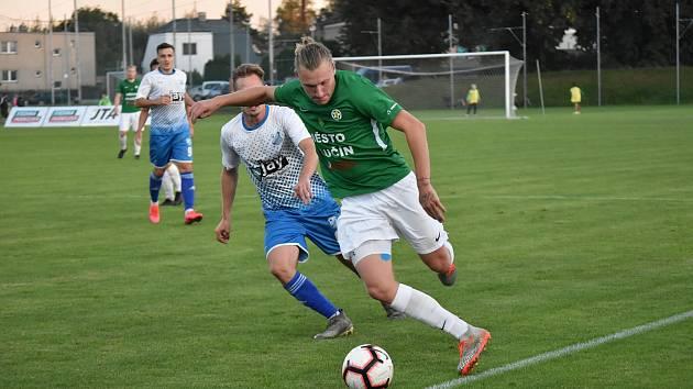 Fotbalisté Hlučína nestačili na Otrokovice. Foto: Štěpánka Czyžová