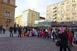 Horní náměstí ožilo 5. března od 15:30 hodin nefalšovaným masopustním dějem, ve kterém nechyběl ani tradiční průvod masopustních maškar.