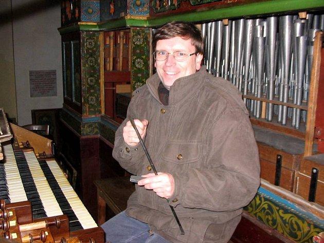 Tomáš Thon. Koncertní varhaník, pedagog, vydavatel barokní varhanní literatury.