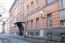 Bývalá nemocnice U Rytířů bude přestavěna na rezidenční objekt.
