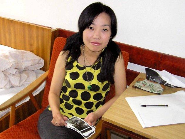 Yoshimi Yokoyama přišla z japonské metropole do Prahy, aby se blíže seznámila s českou kulturou.