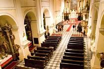 Kde se v podzemí pod kostelem svatého Ducha ukrývá krypta s ostatky opavských knížat? To se neví jistě.