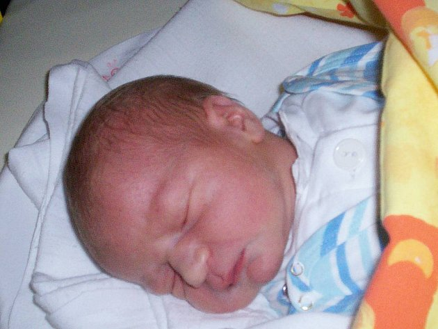 Mikuláš Konečný se narodil 21. května, vážil 3,56 kg a měřil 53 cm.