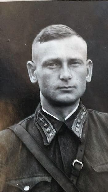 Ivan Petrovič Ganža, gardový major sovětské armády.
