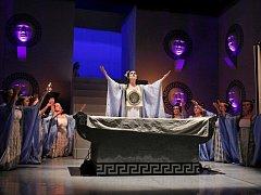 Titulní postavu opery Ifigénie na Tauridě ztvární Petra Nôtová.