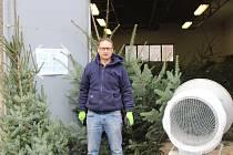 Starou opavskou kotelnu každoročně zaplňují vánoční stromečky.
