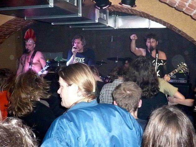 Visací zámek měl v opavském Music baru 13 úspěch.