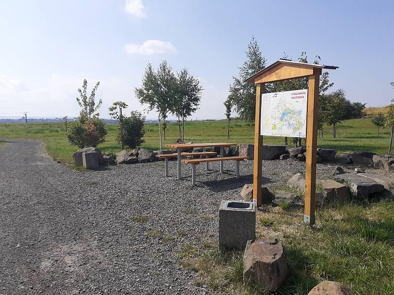 Lesopark v Malých Hošticích.