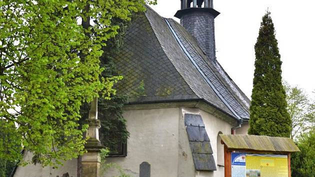 Vedle moderních sakrálních staveb lze na Opavsku najít i ty z dávné minulosti. Mezi ně patří také kostel sv. Petra a Pavla v Kružberku, který pochází z 1. poloviny 14. století a řadí se tak mezi nejstarší dochované kostely ve Slezsku.
