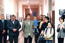 Imrich Veber (na snímku uprostřed)