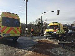 Dopravní nehoda se stala na světelné křižovatce v Nových Sedlicích.