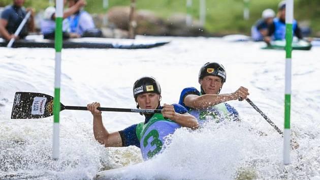Jonáš Kašpar (vlevo) a Marek Šindler v Deep Creeku získali bronz v hlídkách.