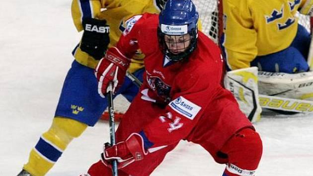 Radek Faksa (v červeném)