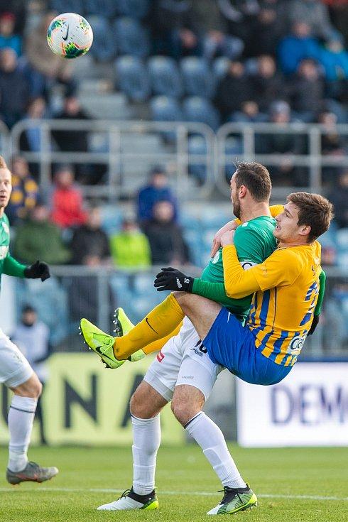 Petr Widenka hrával fotbal, nyní propadl fotografování. Přehlídka jeho snímků