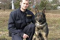 Pes Hor a jeho psovod Jakub Hertel