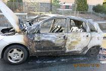 Požár osobního automobilu v Opavě.