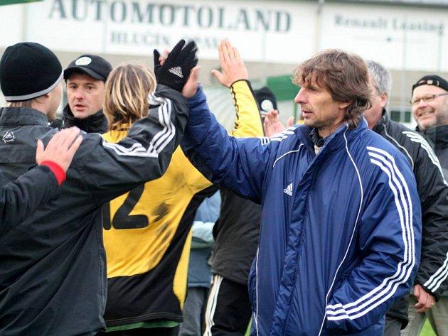 Petr Samec úspěšně složil trenérské profi zkoušky.